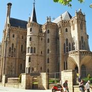 Le modernisme selon Gaudi