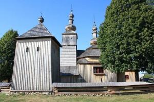 Dans ce pays on trouve de magnifiques églises en bois typiques